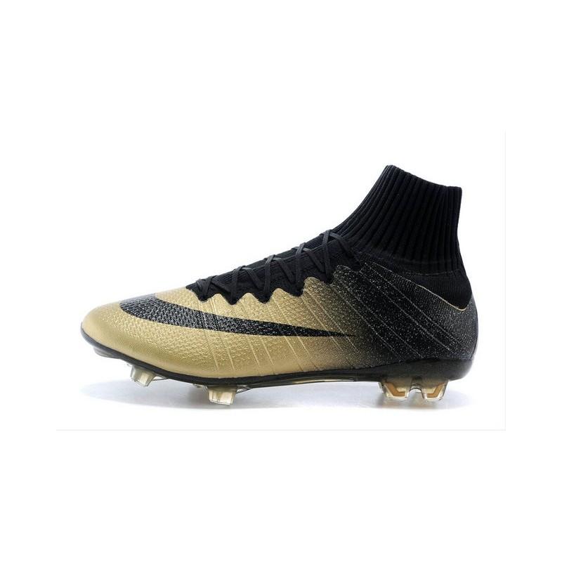 a basso prezzo 987b2 ffae9 nuove scarpe di cr7
