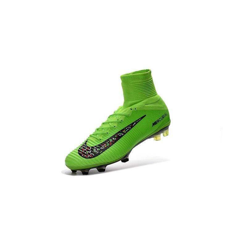 Scarpini da Calcetto Nike Mercurial Superfly V FG ACC Verde Nero Vedi a  schermo intero. Precedente. Successivo 5675e0e6dd53