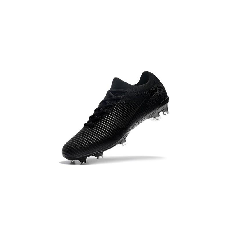 scarpe da calcio nike tutte nere