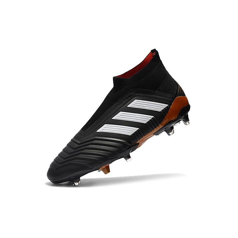 competitive price 639c9 b2e81 Adidas Predator 18+ FG Nuovo Scarpe da Calcio - Nero Bianco Vedi a schermo  intero. Precedente. Successivo