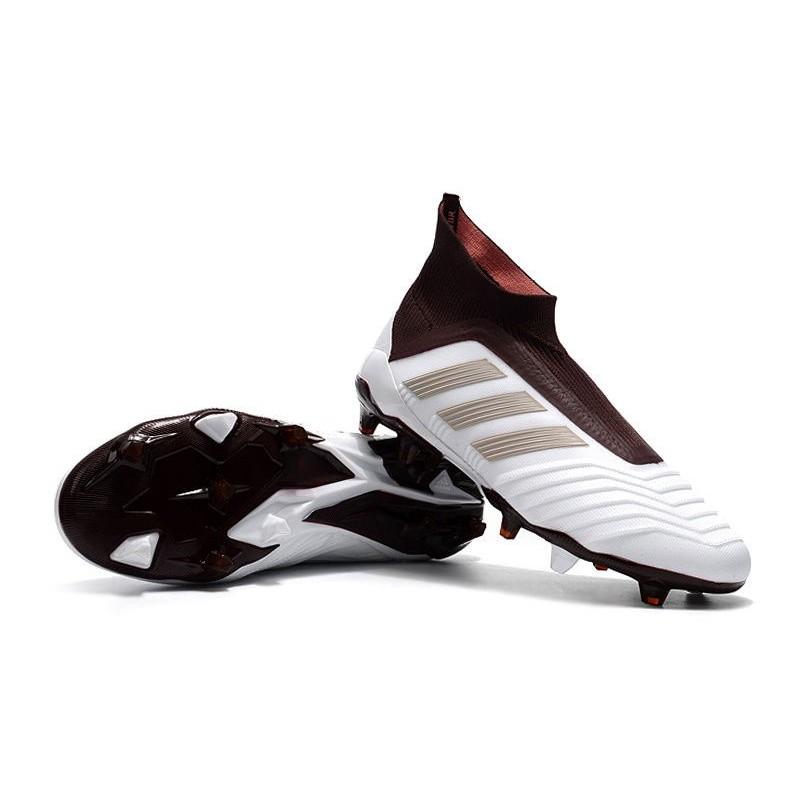 Acquista 2 OFF QUALSIASI scarpe da calcetto adidas marroni CASE E ... ba1dd0d6605