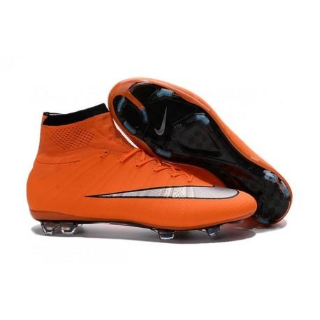 new product b4409 93d81 Nuove Scrape da Calcio Ronaldo Nike Mercurial Superfly 4 FG Arancio  Metallico