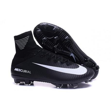 4a6b29974a Scarpini da Calcetto Nike Mercurial Superfly V FG ACC Nero Bianco